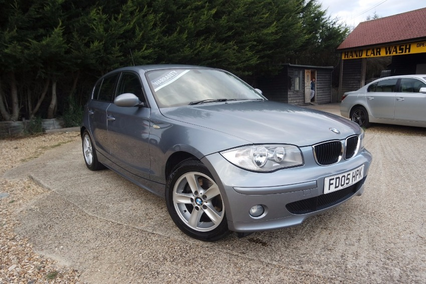 View BMW 1 SERIES 120D SE