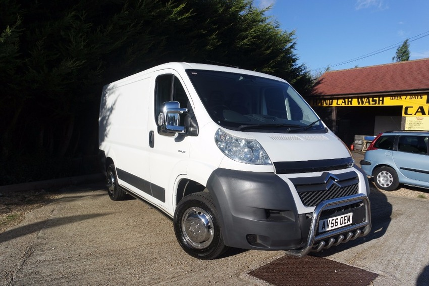 View CITROEN RELAY 30 L1H1 100 SWB **NO VAT**