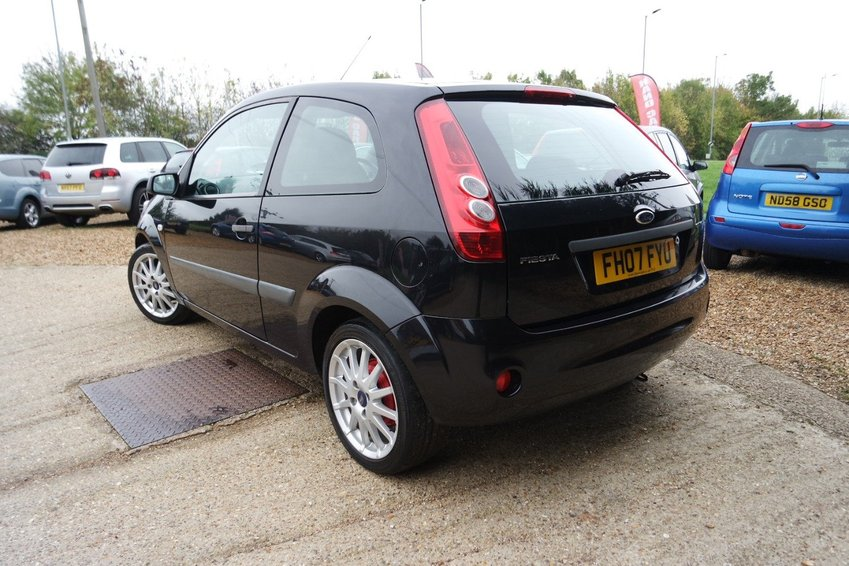 View FORD FIESTA STYLE CLIMATE 16V 1.4 TDCI