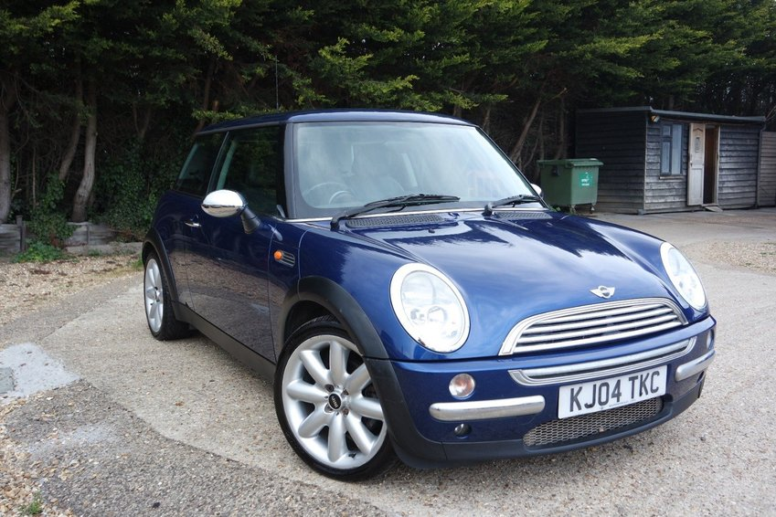 View MINI HATCHBACK  1.6 Cooper