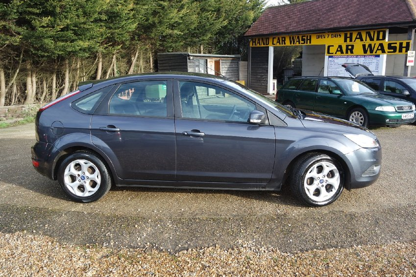View FORD FOCUS TDCi 110 Sport